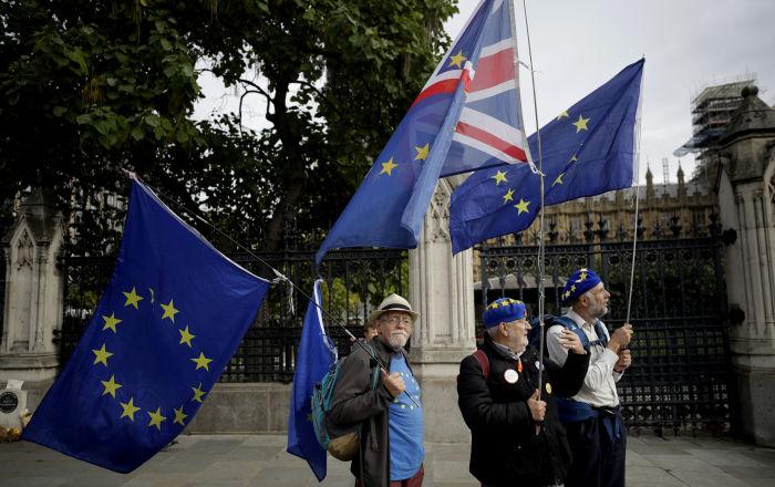 La ciudadanía de la UE reclama garantías de sus derechos después del Brexit