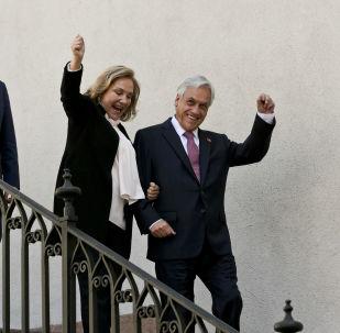 La primera dama chilena, Cecilia Morel, junto a su esposo Sebastián Piñera