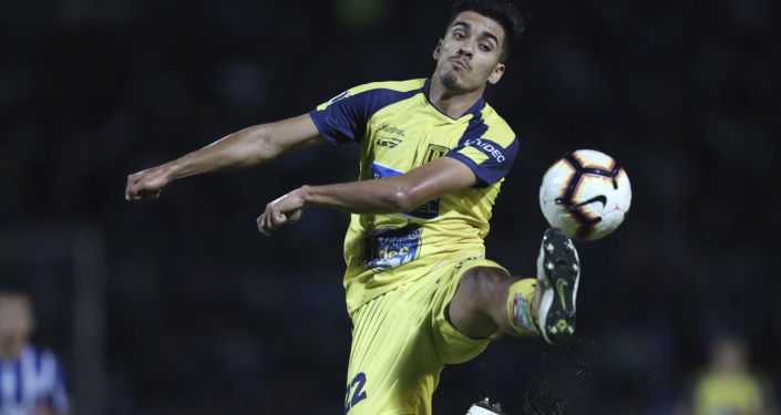 Nicolás Iván Orellana , futbolista chileno