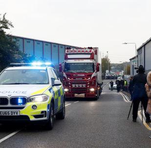 Lugar donde hallaron los cuerpos en un camión frigorífico en Essex, el Reino Unido
