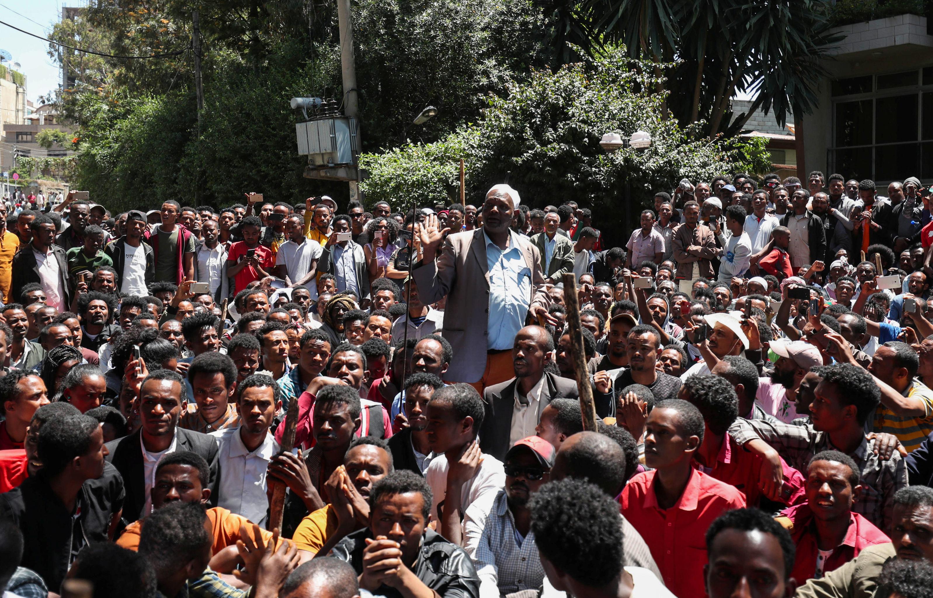 Un activista del pueblo oromo durante las protestas en Etiopía