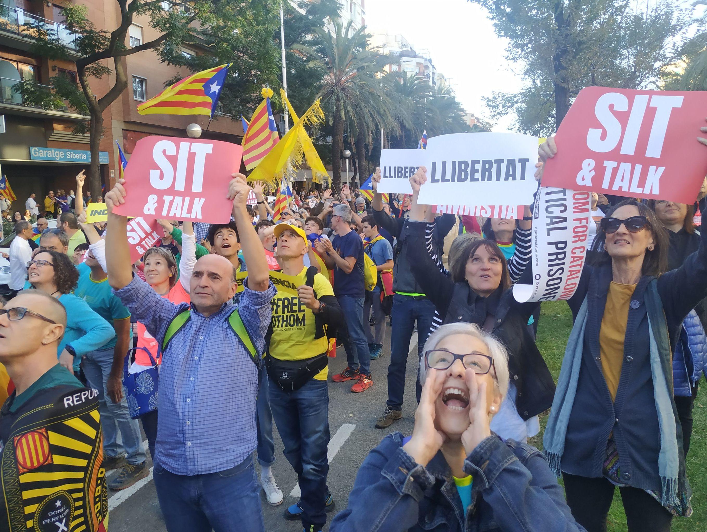 Manifestantes en las calles de Barcelona