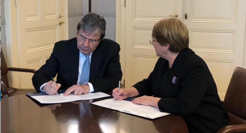 El canciller de Colombia, Carlos Holmes Trujillo y la alta Comisionada de la ONU para DDHH, Michelle Bachelet