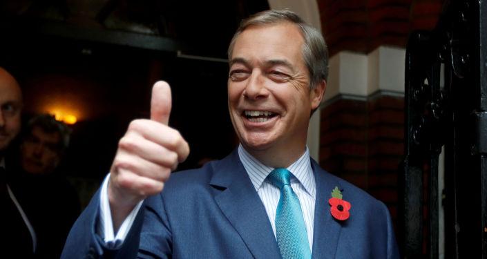 Nigel Farage, exlíder del partido de la Independencia del <strong><a href=