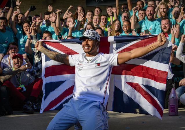 Lewis Hamilton, piloto de Fórmula 1, tras vencer en el Gran Premio de EEUU en Austin, el 3 de noviembre de 2019