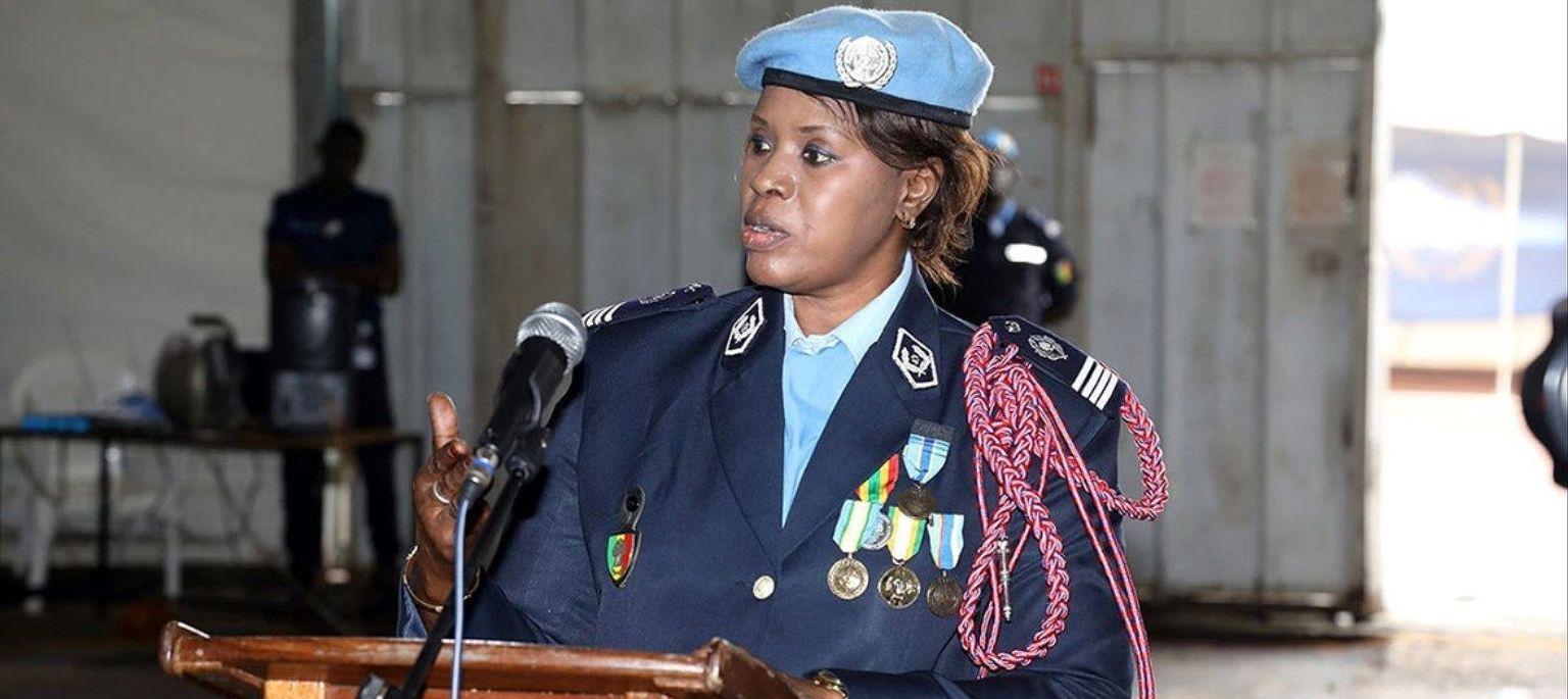 Seynabou Diouf, reconocida como mujer policía de Naciones Unidas en 2019