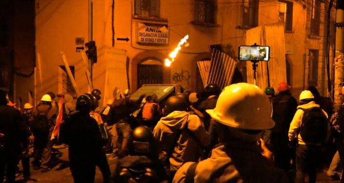 La Paz sigue sumergida en enfrentamientos