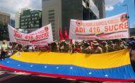 Miembros de ADI 416 manifestándose en Caracas a favor de Evo Morales y contra el golpe de estado en Bolivia