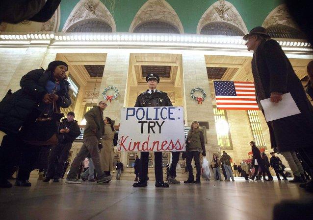 Одиночный пикет в США после смерти Эрика Гарнера