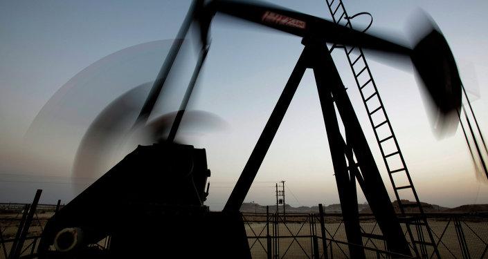 Venezuela y Rusia trabajarán juntos por el fortalecimiento del mercado petrolero