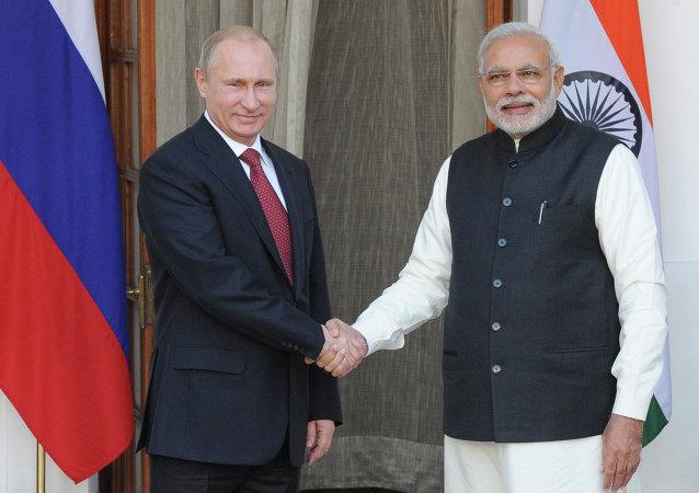 Presudente de Rusia, Vladímir Putin y primer ministro hindú, Narendra Modi, 11 de diciembre, 2014