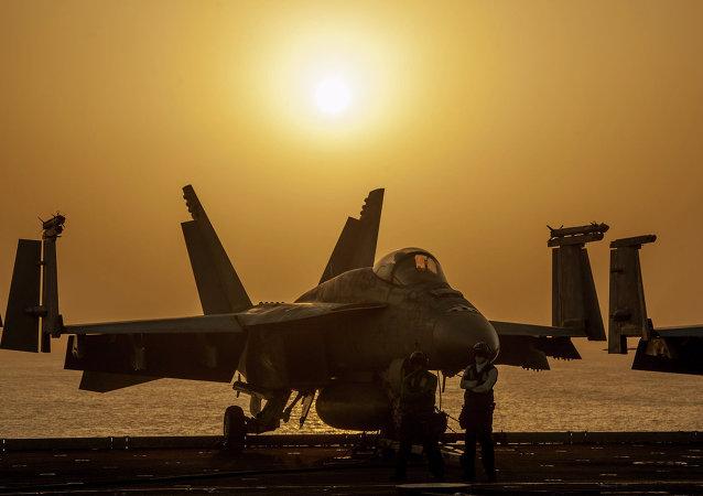 Caza F/A-18 Hornet (archivo)