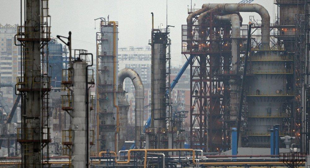 Нефтеперерабатывающее предприятие ОАО Газпромнефть – Московский НПЗ в Москве
