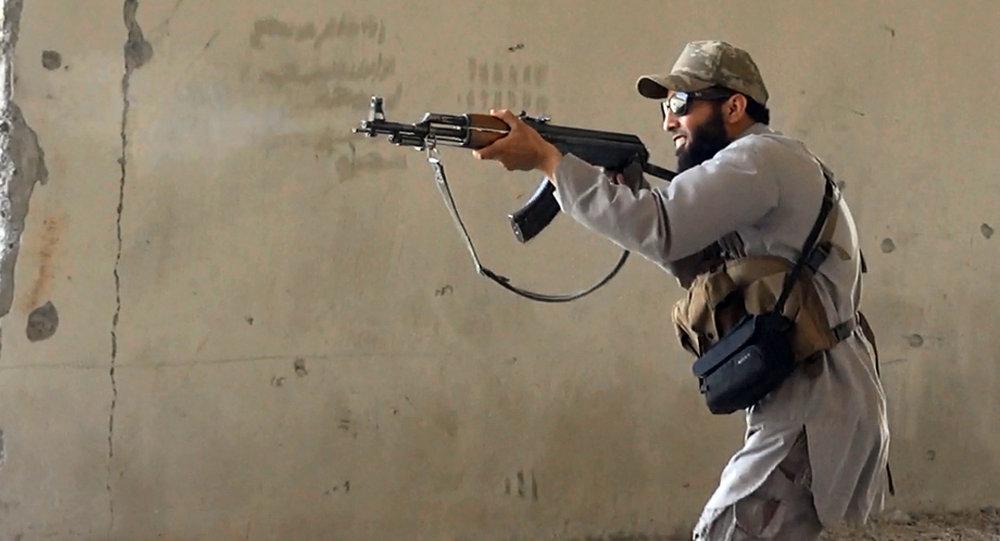 Militante del grupo yihadista Estado Islámico