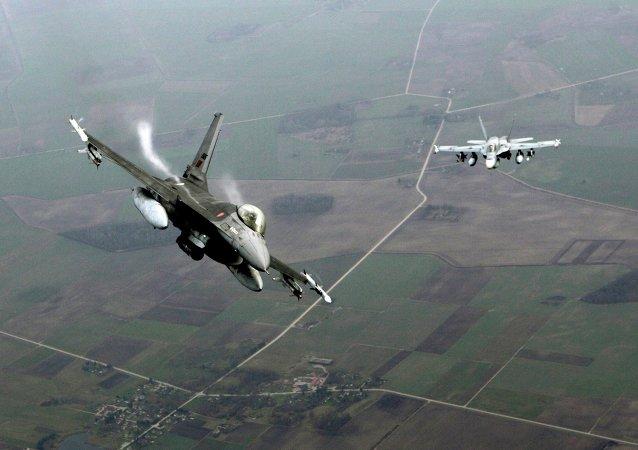 Cazas portugueses F-16