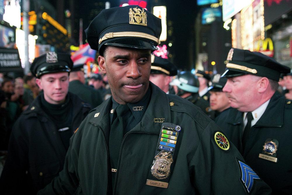 Полицейские на площади Таймс-Сквер в Нью-Йорке во время демонстрации