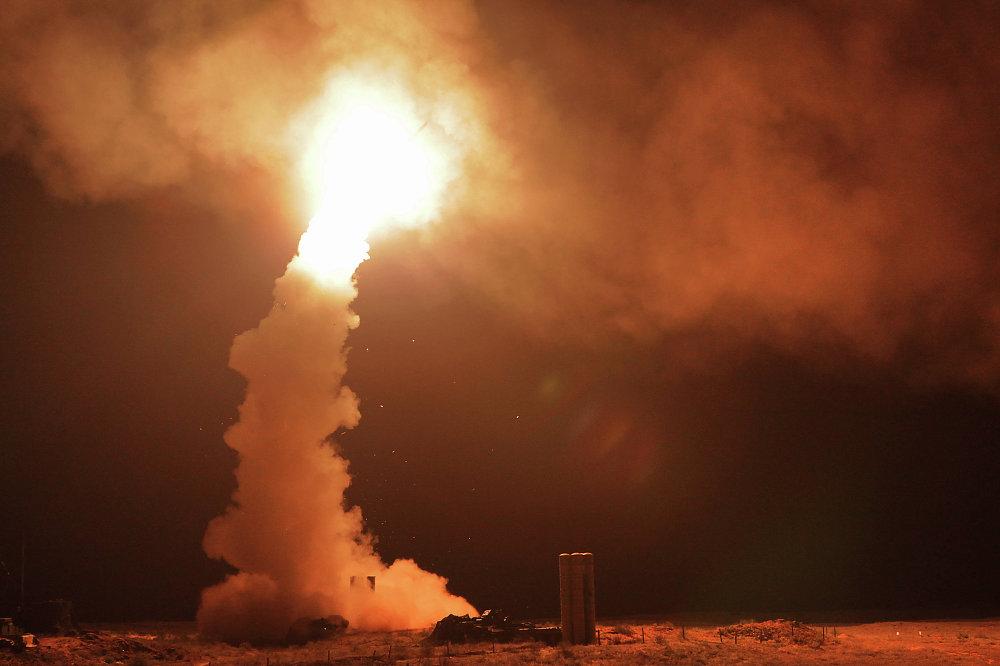 Lanzamiento de misiles