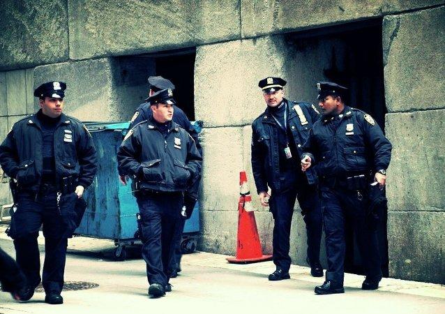 La comunidad ya no confia en la policía en EEUU, dice colaborador de la web Latino Rebels