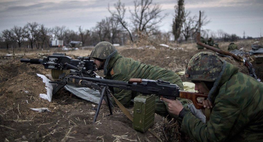 Milicianos en Donbás