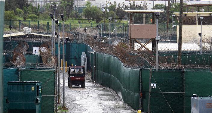 Obama admite que debió cerrar Guantánamo el primer día de su presidencia