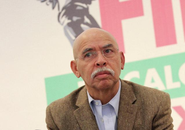 José Reveles