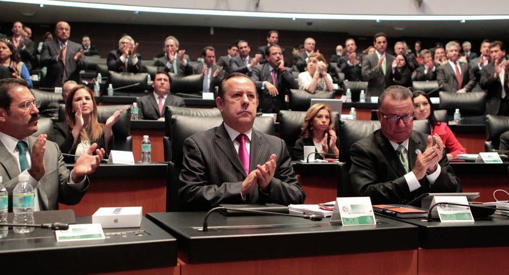 Acuerdo histórico en México para crear un sistema nacional anticorrupción