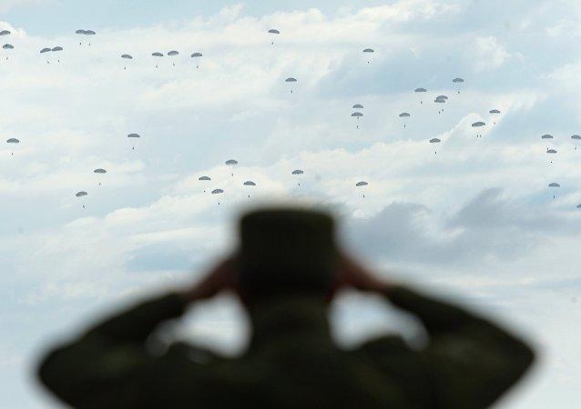 Ejercicios de las Fuerzas Aerotransportadas de Rusia (archivo)