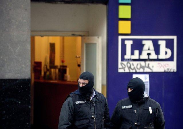 Detenidos en España 12 abogados de la organización terrorista ETA
