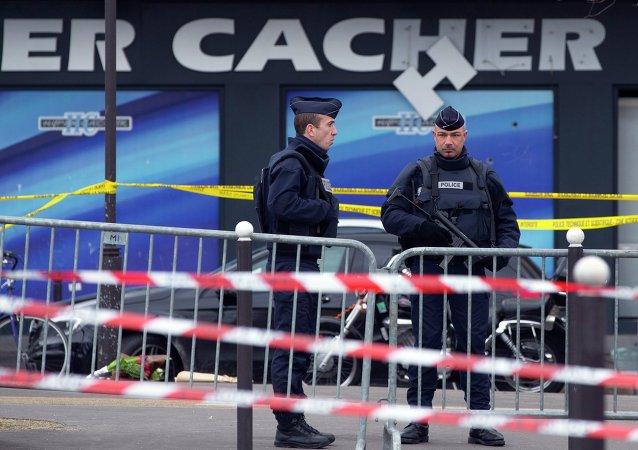 Tribunales franceses abren 54 expedientes por apología del terrorismo
