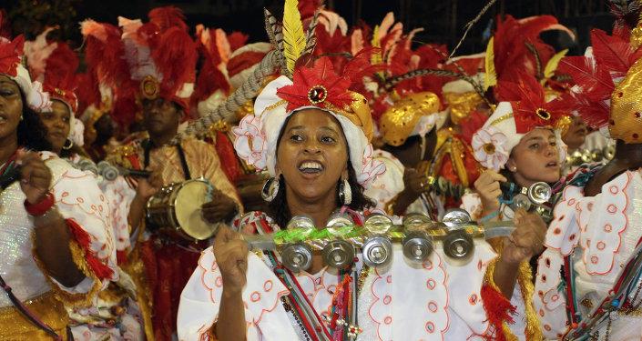 El Carnaval de Río de Janeiro prohíbe los selfis en los desfiles del Sambódromo