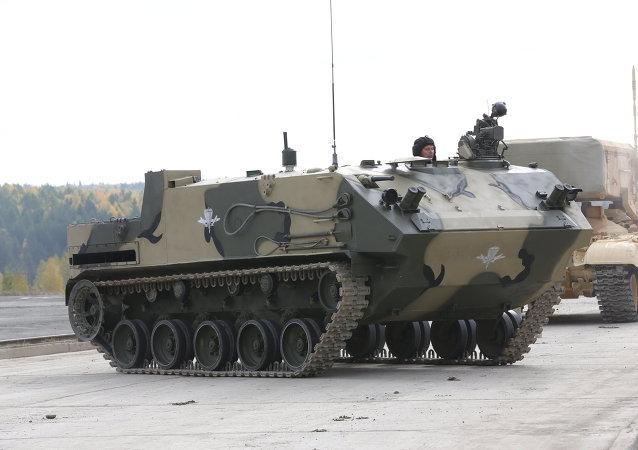 Transporte blindado Rakushka (BTR-MD)