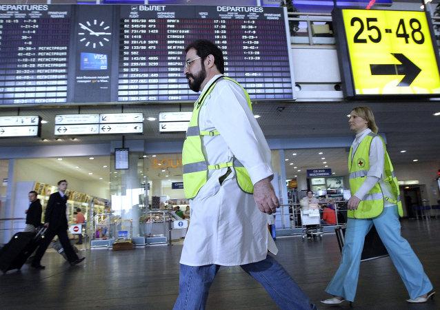 Sanidad descarta el ébola en una pasajera del vuelo París-Moscú