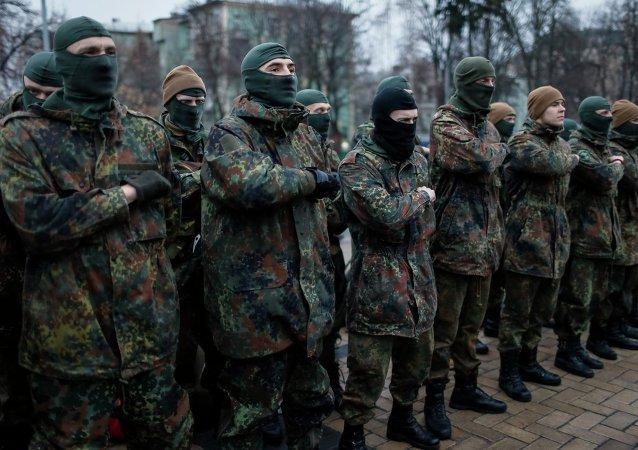 Militares del batallón ucraniano Azov