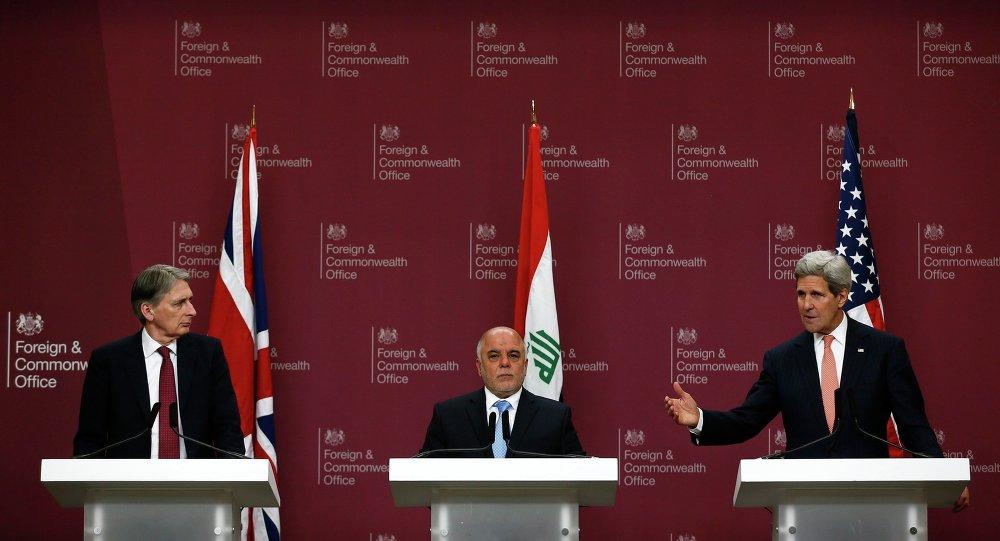 Philip Hammond, Haidar Al Abadi y John Kerry
