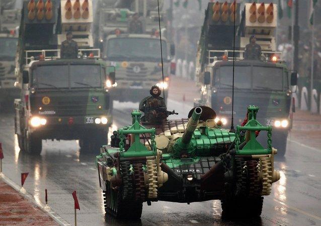 Parada militar en Nueva Delhi