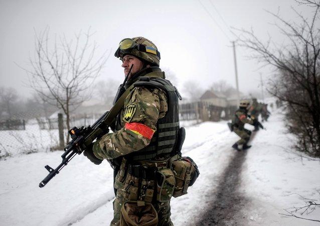 Militares ucranianos en Lugansk (archivo)