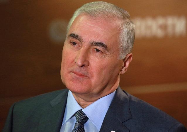Leonid Tibílov, presidente de Osetia del Sur