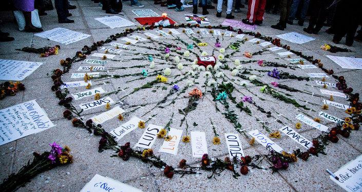Marcha más en apoyo a los 43 estudiantes desaparecidos el pasado 26 de septiembre en Ayotzinapa