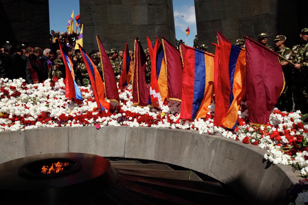 Cada 24 de abril, armenios de todo el mundo rinden tributo a las víctimas del genocidio armenio por el Imperio Otomano