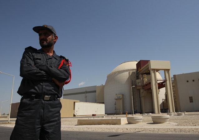 Central nuclear iraní Bushehr (archivo)