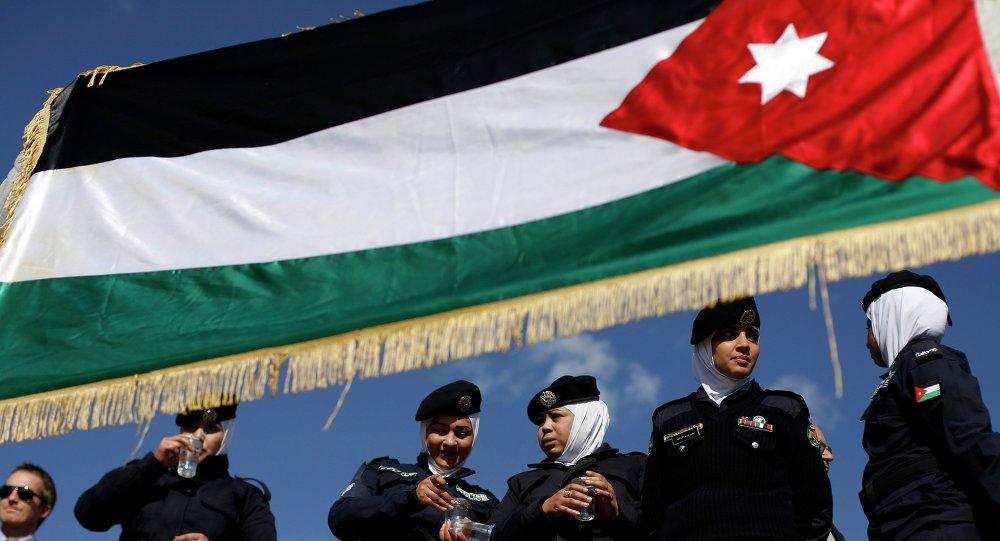 Jordania estudia lanzar una campaña militar terrestre contra el Estado Islámico