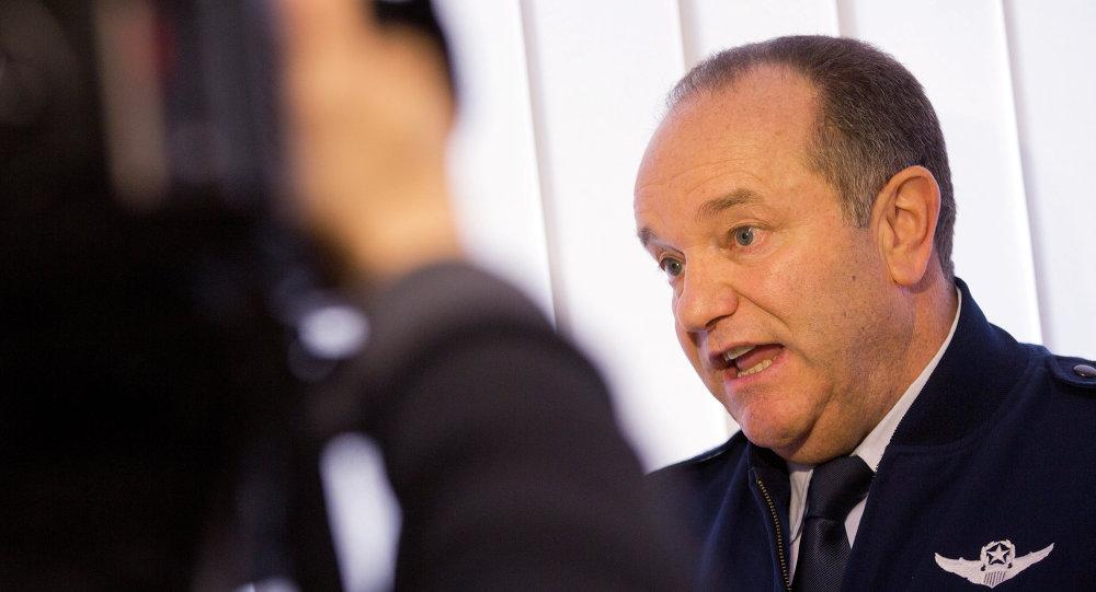 Philip Breedlove, comandante de las tropas de la OTAN en Europa