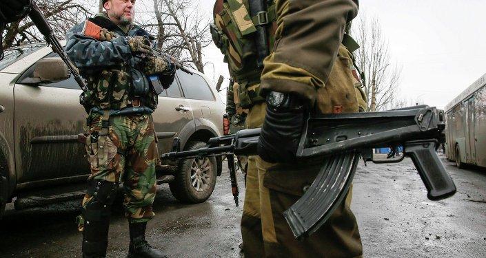 Los milicianos afirman que siguen en sus posiciones en la zona de Debáltsevo