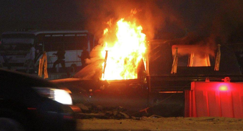 Al menos 14 muertos en choques entre policía e hinchas en El Cairo