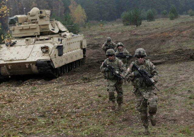 Militares estadounidenses en Letonia (archivo)