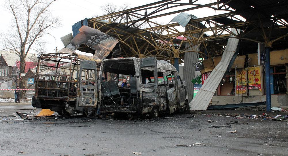 Consecuencias del bombardeo de estación de autobuses en Donetsk, 11 de febrero, 2015