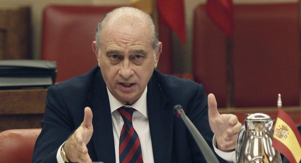 Archivan la querella por las conspiraciones del exministro for Ministro del interior espana 2016