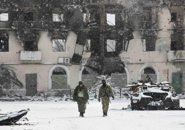 Los milicianos de RPD, Vuhlehirsk, 16 de febrero, 2015
