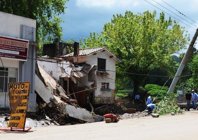 Asciende a ocho la cifra de muertos en la provincia argentina de Córdoba por el temporal