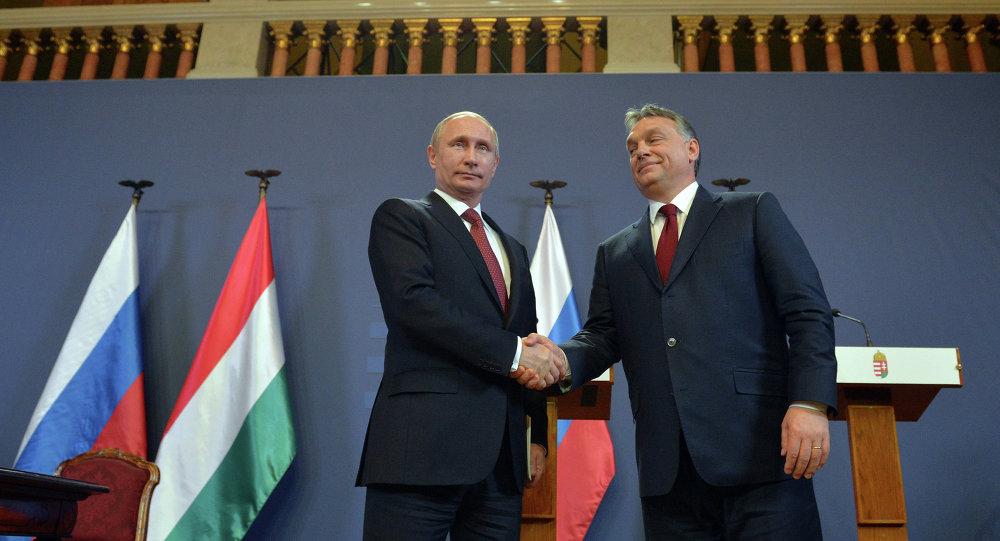 Vladímir Putin, presidente de Rusia, y Víktor Orban, primer ministro de Hungría